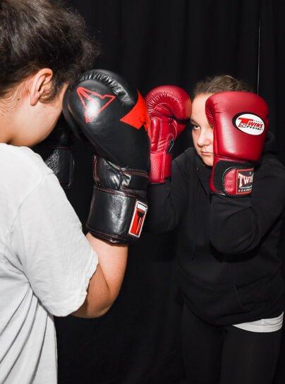 Muay Thai 〉 Kids & Jugendliche